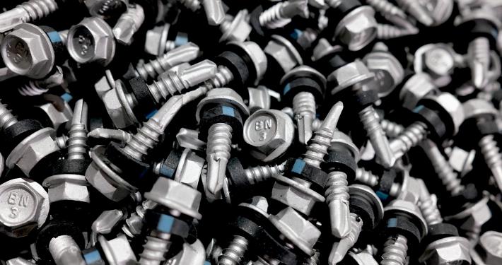 Self-Drilling Screws METAL-Tite™ Fixing cladding to metal. BDN FASTENERS®
