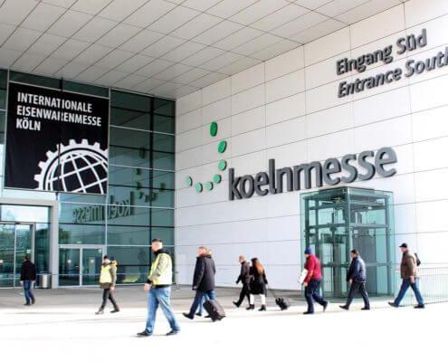 Internationale EISENWARENMESSE köln BDN Fasteners Exhibition self tapping screw center