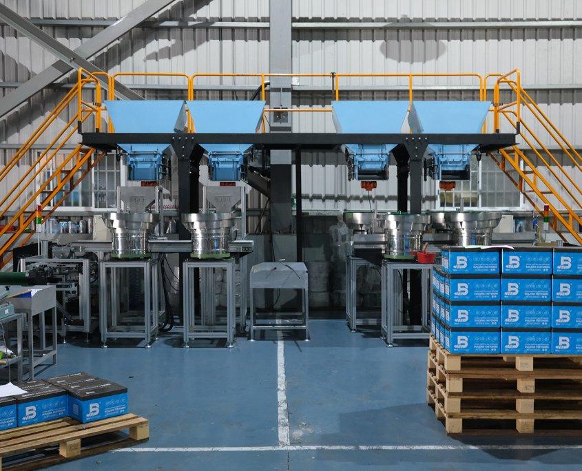 BDN FASTENERS® Self-Drilling Screw Manufacturer - Packaging Plant - Taiwan